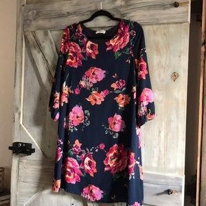 Everly floral shift dress